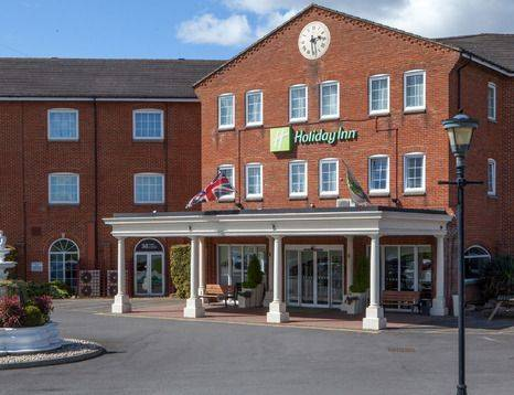 Holiday Inn Corby entrance
